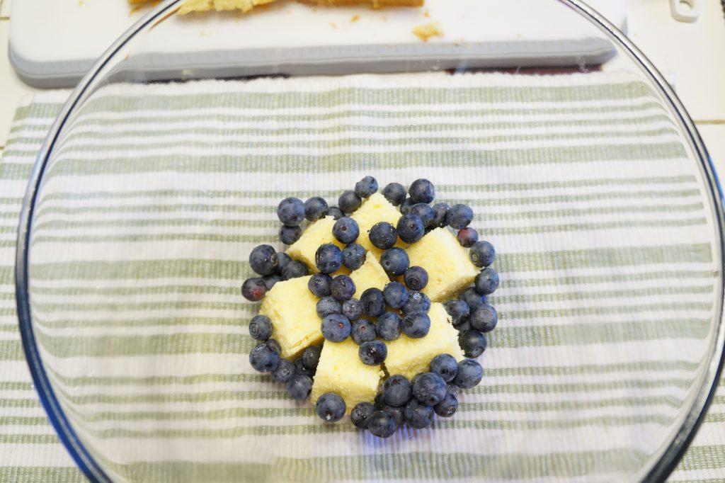 luscious lemon blueberry trifle